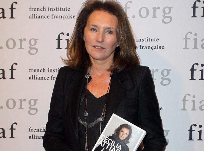 """Cécilia Attias : séance de dédicaces pour la sortie de son livre """"Une envie de vérité"""" aux Etats-Unis !"""