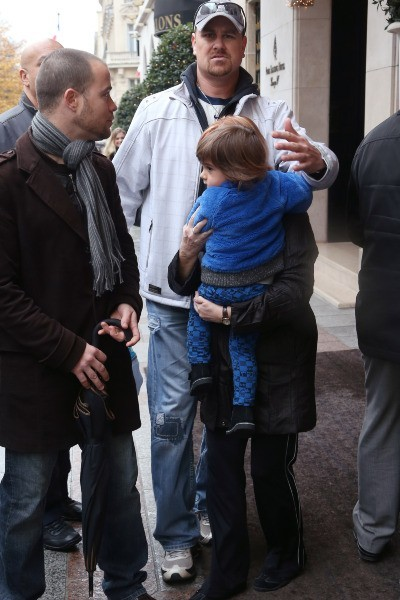 Eddy, le fils de Céline Dion, à Paris le 27 novembre 2012.