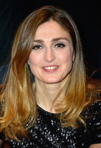 """Julie Gayet nominée """"meilleur second rôle"""" pour Quai d'Orsay"""