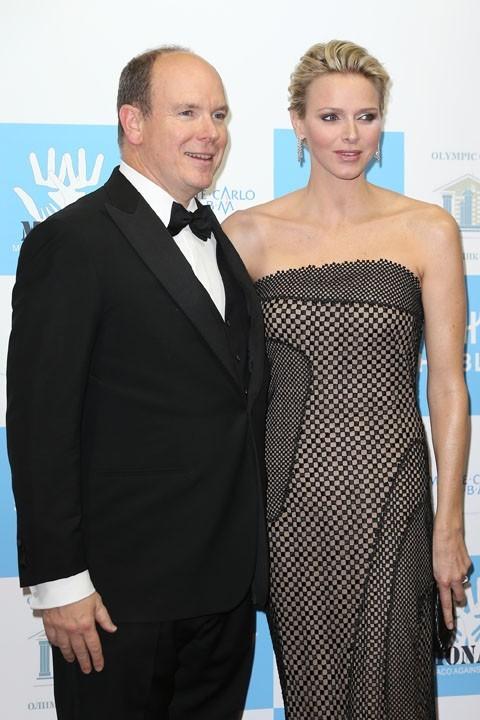 Charlene et Albert de Monaco au gala de l'association monégasque contre l'autisme le 15 novembre 2012 à Monaco