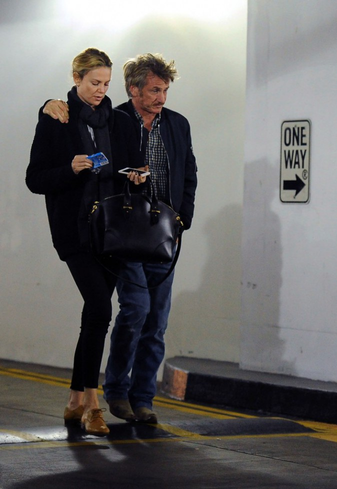 Charlize Theron et Sean Penn : fiancés depuis le mois de novembre ?