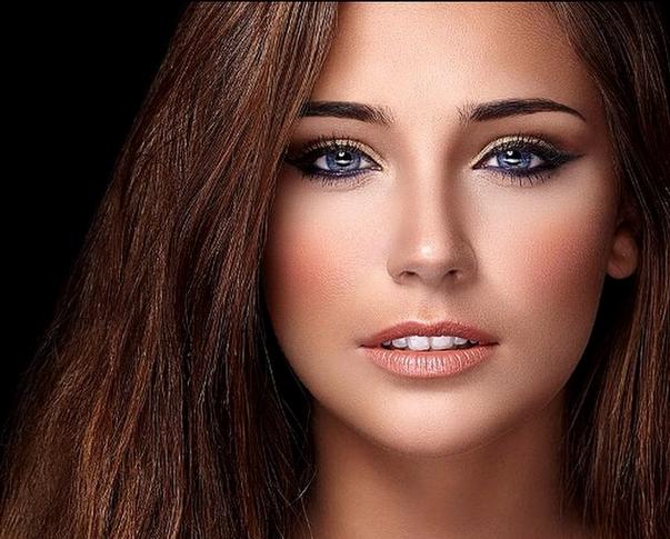Photos : Charlotte Pirroni (Miss Côte d'Azur) : plus sexy et craquante que notre Miss France 2015 !