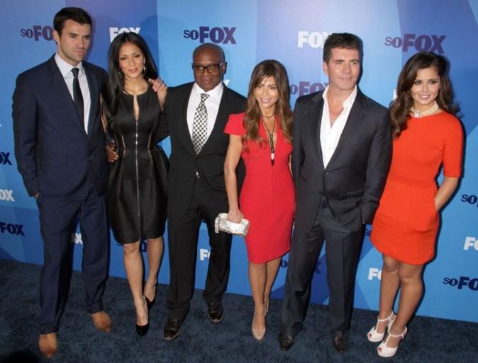 Steve Jones, Nicole Scherzinger, Antonio 'LA' Reid, Paula Abdul, Simon Cowell et Cheryl Cole, lors de la soirée 2011 Fox Upfront à New York, le 16 mai 2011.