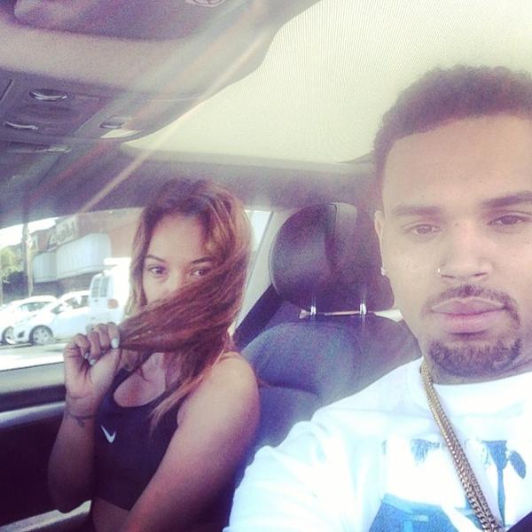 Photos : Chris Brown : plus in love que jamais de sa Karrueche Tran au sexy side boobs !