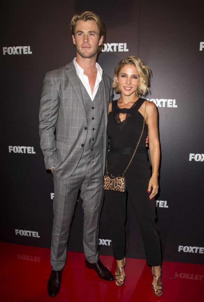 Photos : Chris Hemsworth et Elsa Pataky : amoureux complices sur red carpet, ils s'apprêtent à lâcher L.A !
