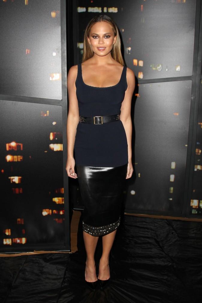 Photos : Chrissy Teigen et Coco Rocha : complices au défilé Donna Karan pendant que Kendall Jenner illumine le podium !