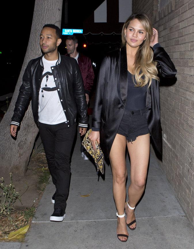 Chrissy Teigen et John Legend à Hollywood le 8 mai 2016