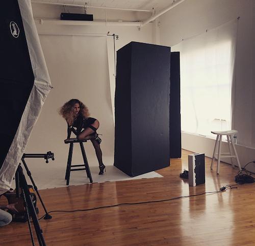Photos : Chrissy Teigen topless : la nouvelle photo qui affole les fans !