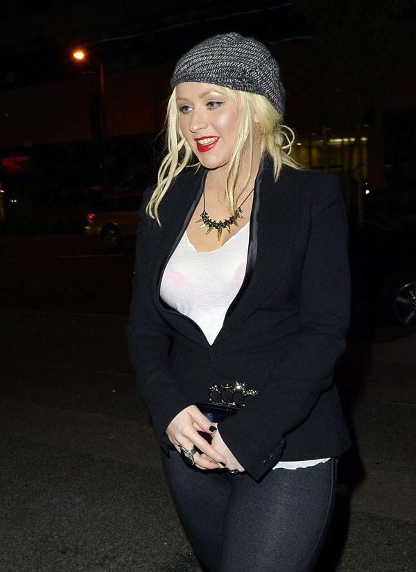 Christina Aguilera, on peut compter sur elle, elle fait le poids !