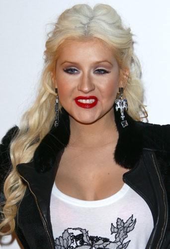 Christina reste toujours coquette malgré sa prise de poids...