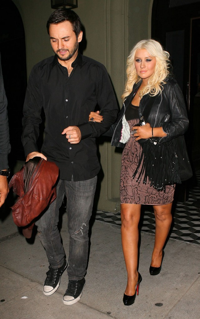 Christina Aguilera et son boyfriend sortent d'un dîner au restaurant