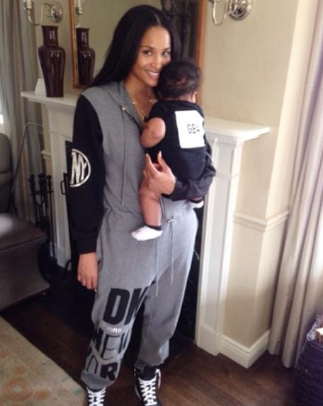 Photos : Ciara : malgré la rupture, elle s'affiche tout sourire en compagnie de son adorable baby boy !