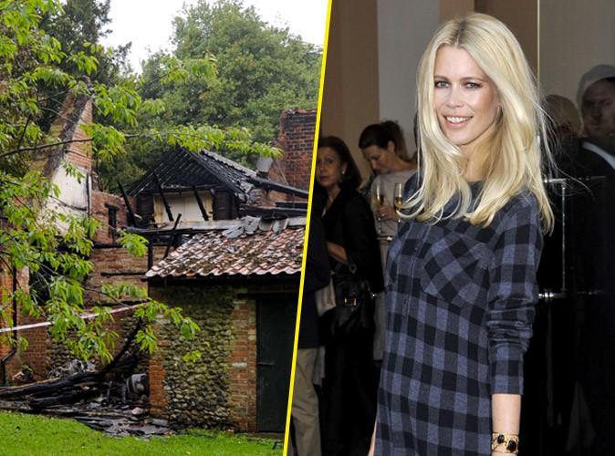 Claudia Schiffer : impuissante devant sa propriété en flammes !