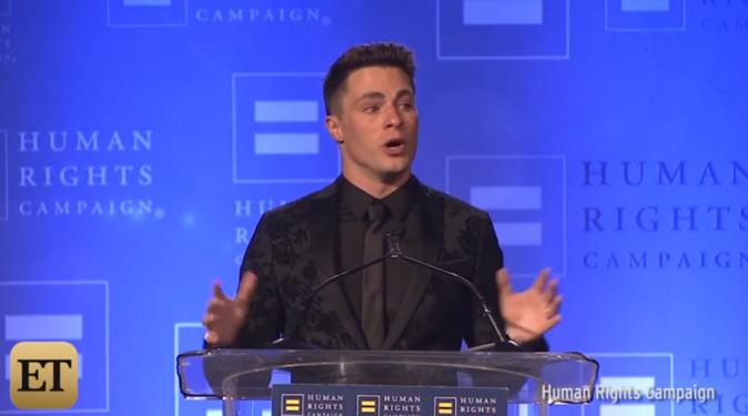 Colton Haynes en larmes reçoit le Visibility Award après son coming-out