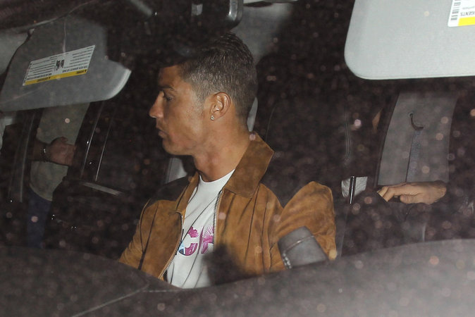 Photos : Cristiano Ronaldo a rencontré un super beau mec (et on a la photo) !