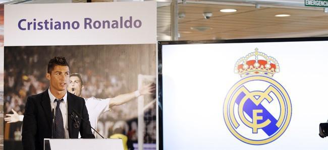 Cristiano Ronaldo en conférence de presse à Madrid le 15 septembre 2013