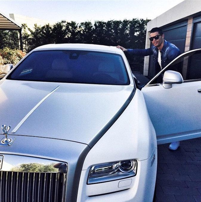 Cristiano et sa Bentley