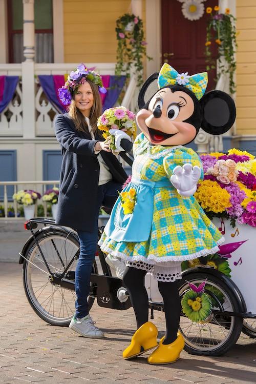 Ana Girardot fête le printemps à Disney