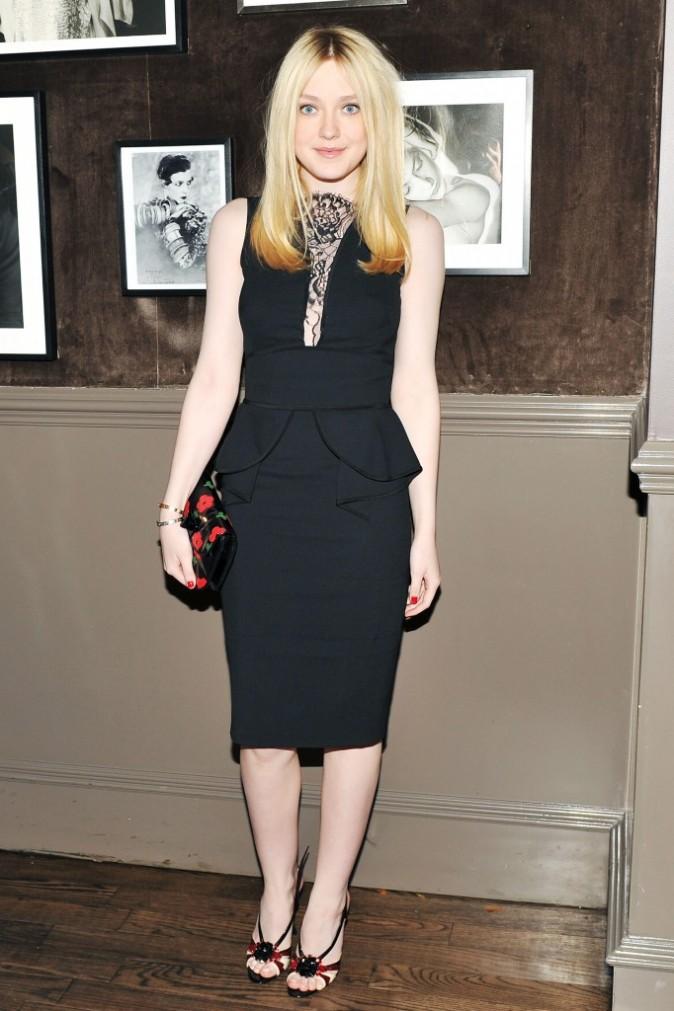 Dakota Fanning lors du diner Elie Saab à New York, le 5 avril 2012.