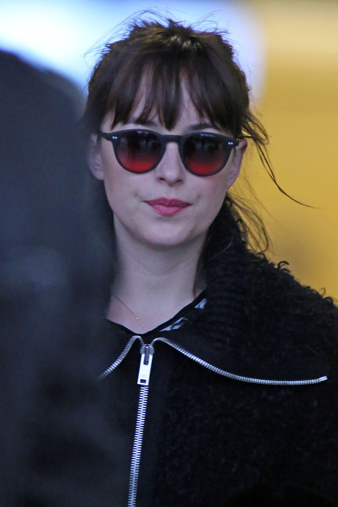 Photos : Dakota Johnson a commencé le tournage de Fifty Shades Darker !