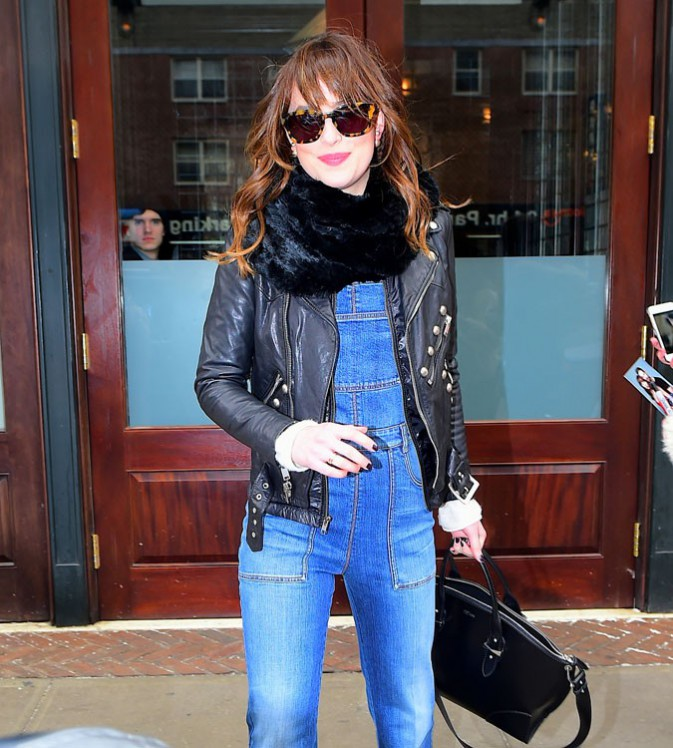 Dakota Johnson à New-York le 26 février 2015
