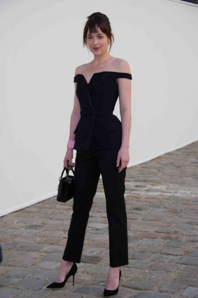 Dakota Johnson : superbe en toute simplicité chez Dior !