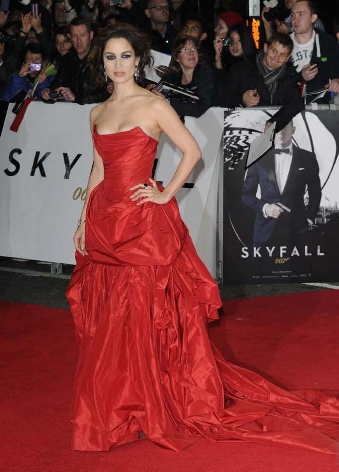 Berenice Marlohe à l'avant-première de Skyfall à Londres le 23 octobre 2012