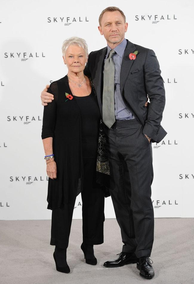 Avec Judi Dench, alias M