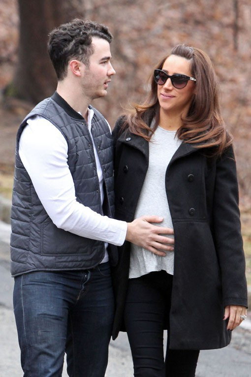 Kevin et Danielle Jonas dans le New Jersey le 15 janvier 2013