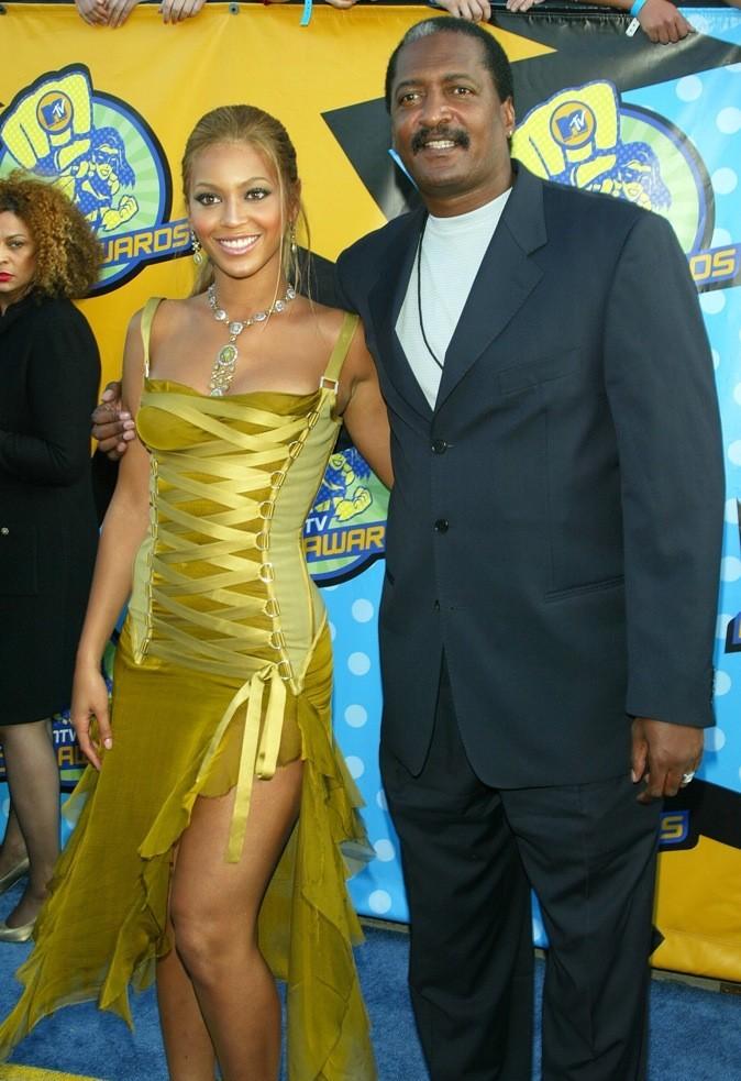 Beyoncé, son père pique dans la caisse !