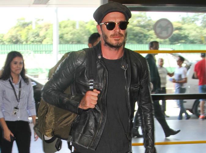 David Beckham : fini les vacances au Brésil, le beau gosse rentre sur ses terres anglaises !