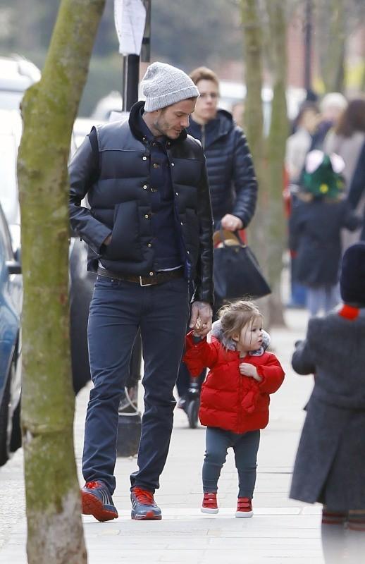 David Beckham et sa fille Harper le 27 mars 2013 à Londres
