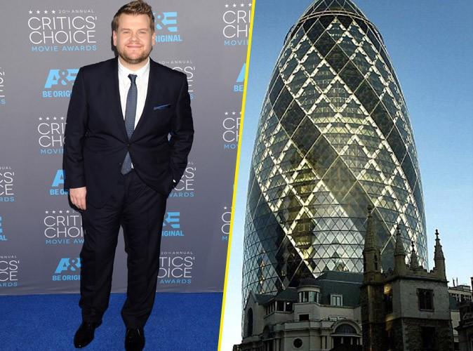 L'animateur de télévision britannique James Corden, comparé au Gherkin building
