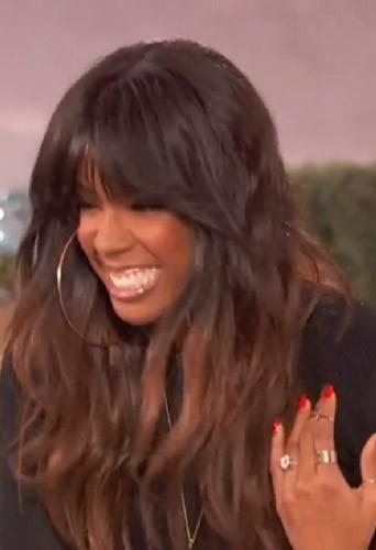 La belle et grosse bague de fiançailles de Kelly Rowland !