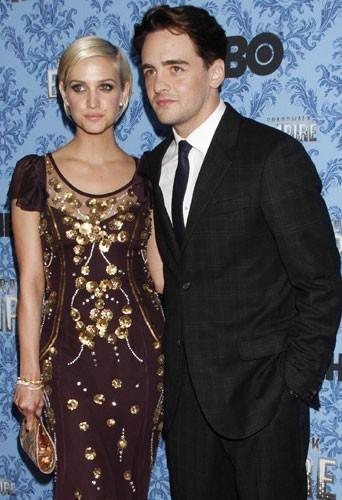 Ashlee Simpson et son boyfriend Vincent Piazza sur tapis rouge