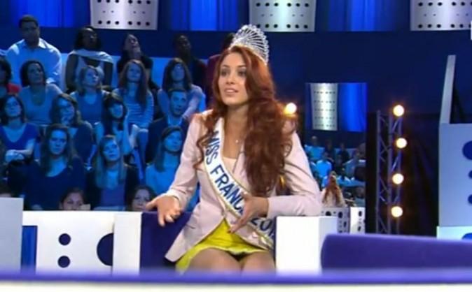 La Miss se défend d'être une ravissante idiote
