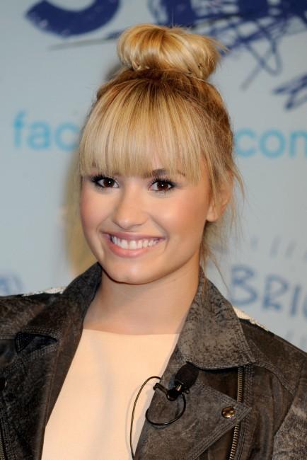 """Demi Lovato lors du lancement du programme """"Mean Stinks"""" à New York, le 20 septembre 2012."""