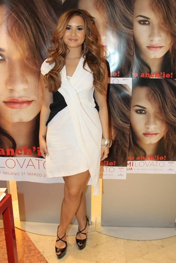 Demi Loavto à Milan pour la promo d'Unbroken