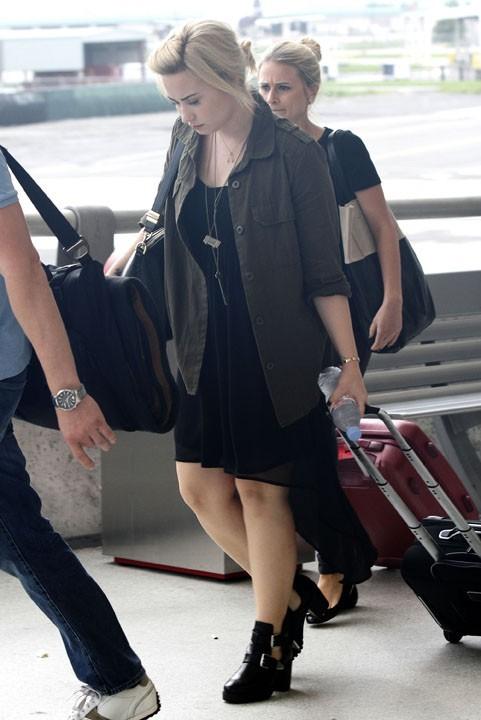 Demi Lovato à l'aéroport de la Nouvelle-Orléans le 10 juin 2013