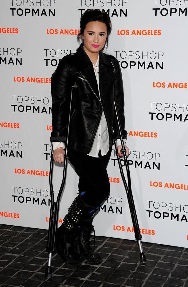 Demi Lovato à l'inauguration de la boutique Topshop de Los Angeles le 13 février 2013