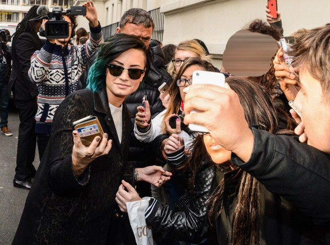 Photos : Demi Lovato : passage chez NRJ avant de prendre possession de Bercy !