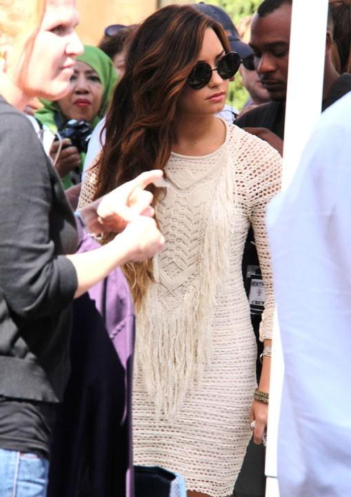 Demi Lovato, l'invitée de Mario Lopez pour son émission Extra hier