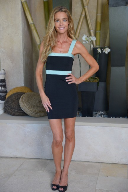 Denise Richards en Kardashian Kollection, Los Angeles, 27 mai 2013.