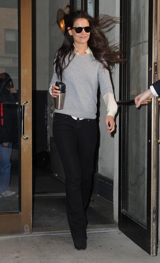 C'est Katie Holmes, à la sortie de son appartement new-yorkais !