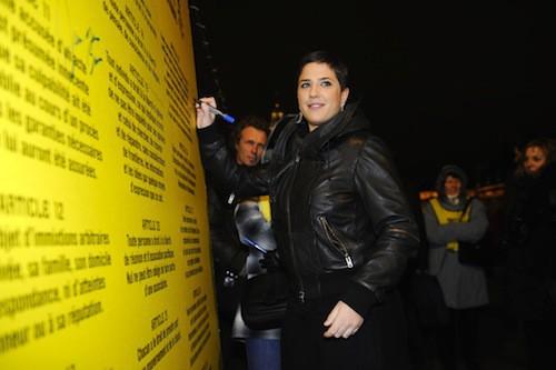 Engagée auprès de Amnesty International en 2008