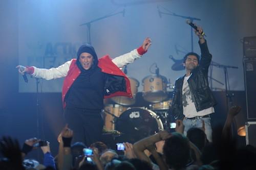 Lors du concert Un Dimanche pour Haïti avec Jamel Debbouzze en 2010