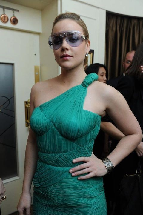 Abbie Cornish lors du dîner Versace Eyewear à Paris, le 23 janvier 2012.