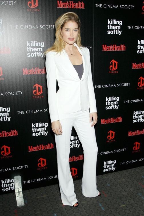 Doutzen Kroes à l'avant-première de Killing Me Soflty à New-York le 26 novembre 2012