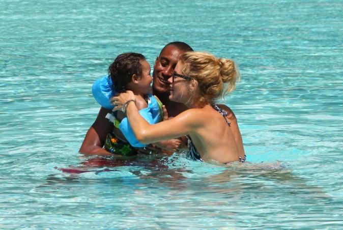 Doutzen Kroes en vacances en famille à Miami, le 21 juin 2012.