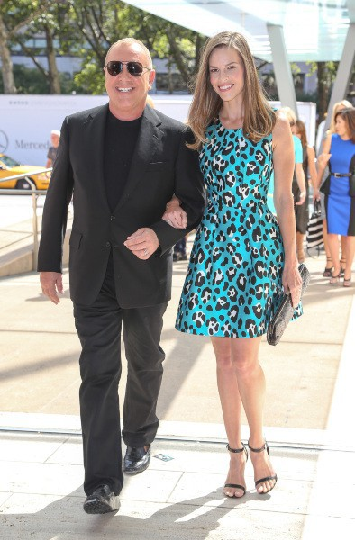 Michael Kors et Hilary Swank à New York, le 4 septembre 2013.